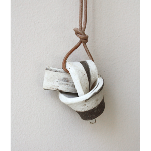 OATMEAL Marble Union Knot Batch Necklace 1
